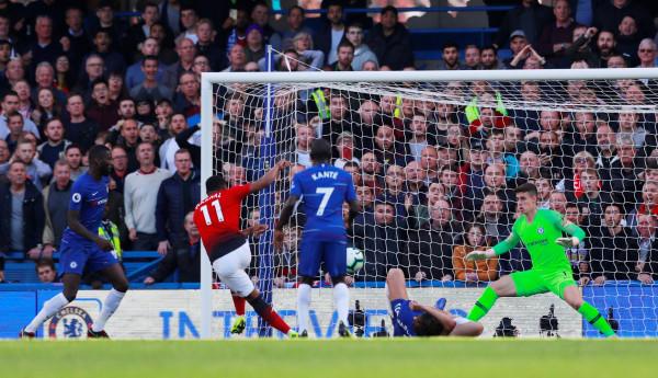 Nuk mjafton Martial Show në Stamford Bridge