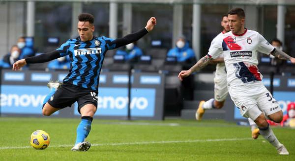 Interi përkohësisht lider në Serie A