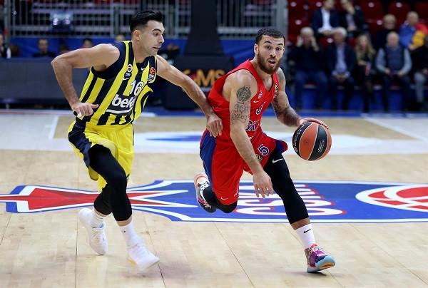 Mike James vazhdon me CSKA-në