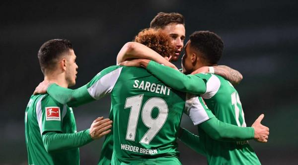 Miloti shkëlqen Werderi përmbys Eintrachtin