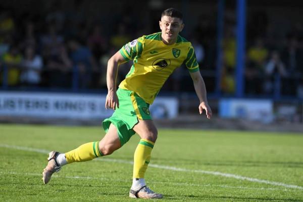 Rashica debuton me Norwich, 45 minuta në fushë