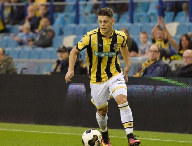 Rashica në ekipin e javës në Eredivisie