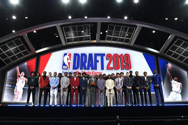 Zion Williamson numri 1 i Draftit 2019