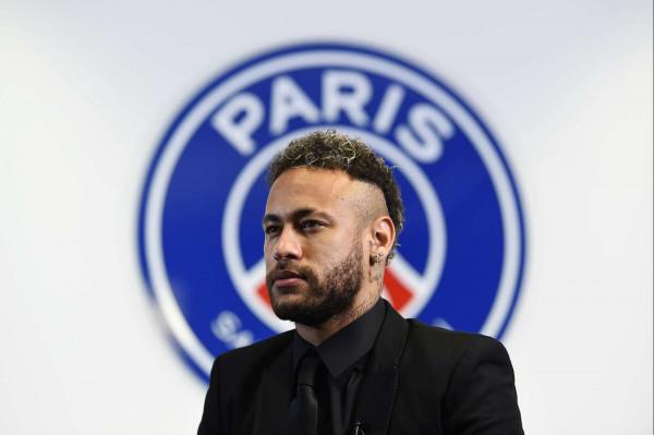 Neymar për trofe