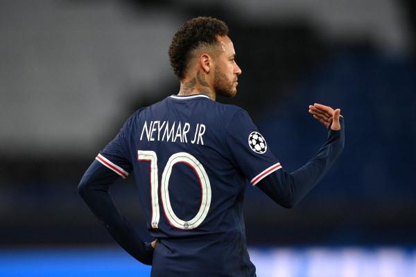 Neymar me kontratë të re në PSG?