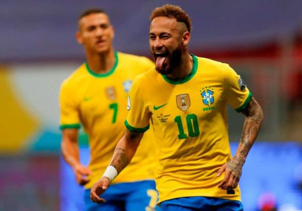 Brazili starton furishëm në Copa America