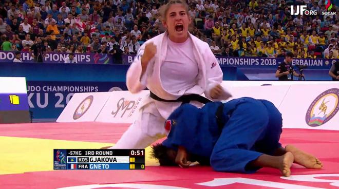 Nora në çerekfinale