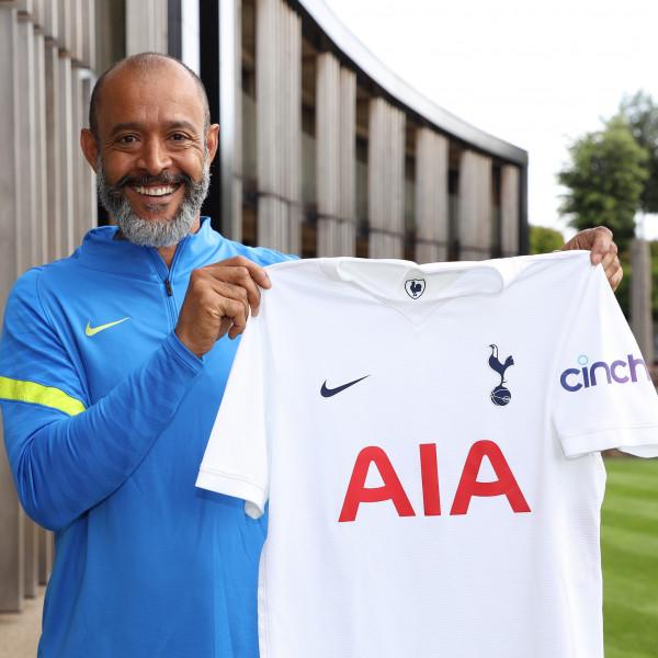 Zyrtare: Nuno Espirito Santo në krye të Tottenhamit