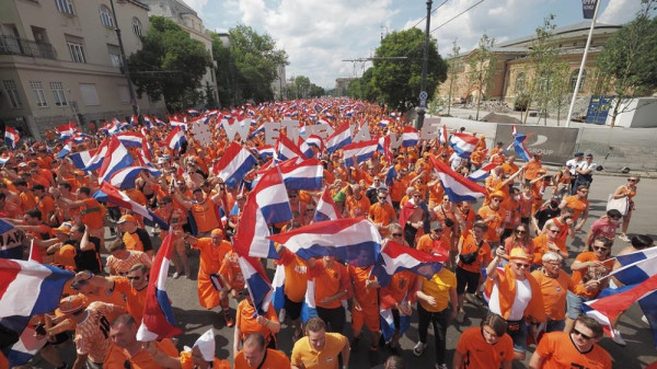 Formacionet startuese: Holanda-Çekia