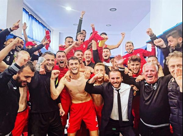 Partizani rrëzon Teutën nga froni, bënë hapin e madh drejt titullit