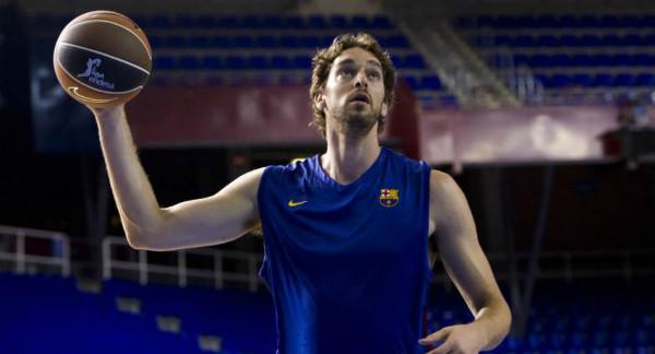 Barcelona zyrtarizon Pau Gasolin