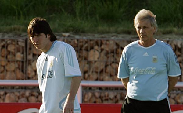 """Si e """"vodhi"""" Argjentina Messin nga kombëtarja spanjolle?"""