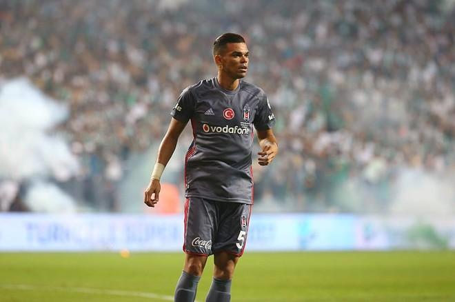 Pepe shkakton penallti në fund, Besiktas humb Superkupën
