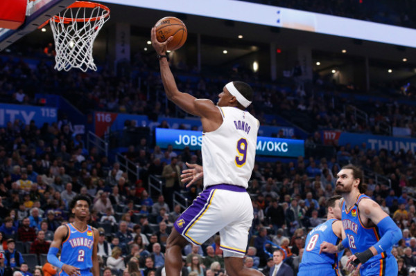 Lakers fiton pa Jamesin e Davisin