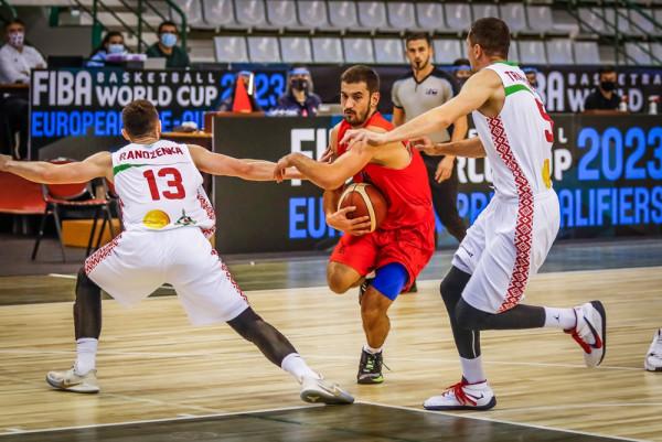 Bjellorusia thellon epërsinë në çerekun e tretë