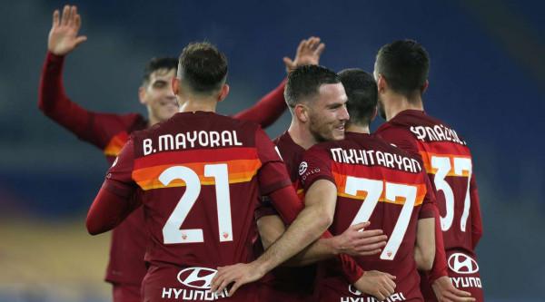 Kumbulla 78 minuta në fitoren e Romës