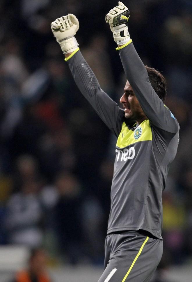Patricio transferohet në Premier League
