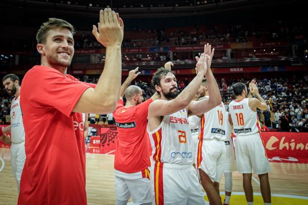 Spanja mposhtë bindshëm Serbinë