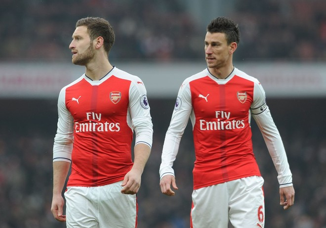 "Arsenal kënaqet me ""Kostafin"""