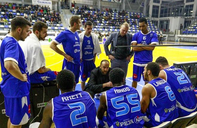 Bashkimi merr ish-trajnerin e Prishtinës