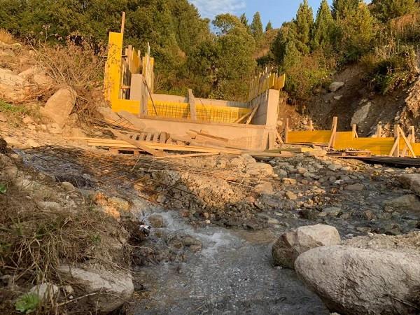 FSK alarmon, hidrocentralet dëmtojnë qendrat skitare