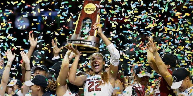 Vashat e South Caroline kampione në NCAA