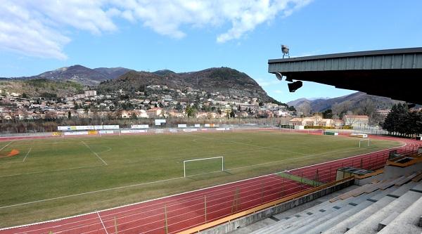 Francoville, stadiumi dhe biletat për ndeshjet e Kosovës