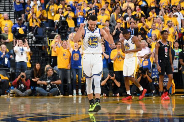 Curry me rekord, kampioni e nis me fitore