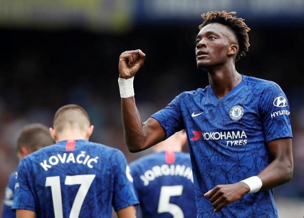Chelsea lirohet nga dënimi, mund të transferojnë nga janari