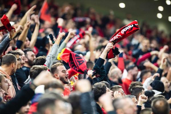 FSHF: Tifozët polakë provokuan!