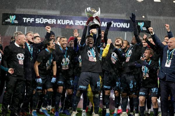 Trabzonspori fiton Superkupën e Turqisë
