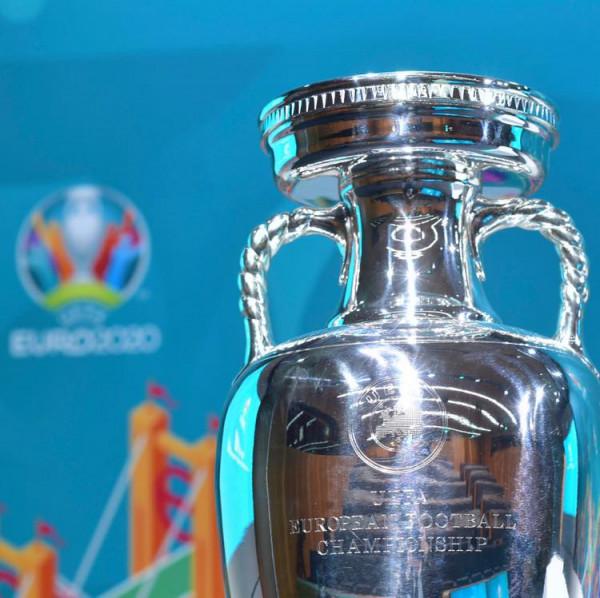 UEFA konsideron EURO 2020-shin për fundvit