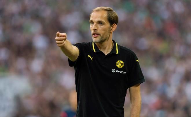 Parisi zyrtarizon trajnerin e ri