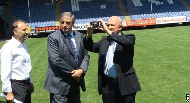 Nis inspektimi i stadiumit në Mitrovicë