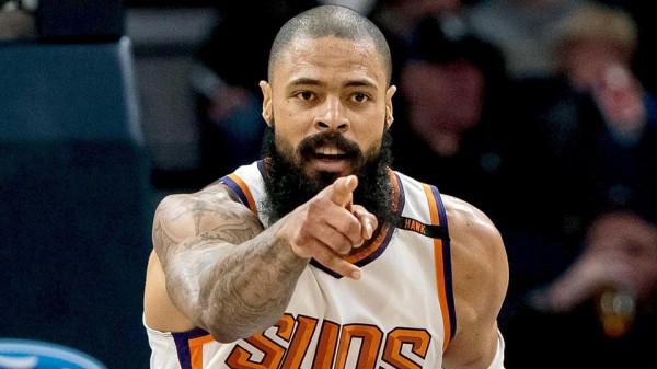 Përforcohen Lakers