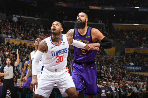 Clippers fiton derbin e LA