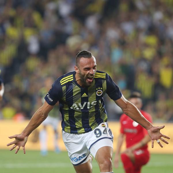 Muriqi me super gol, Fenerbahçe e nis bindshëm
