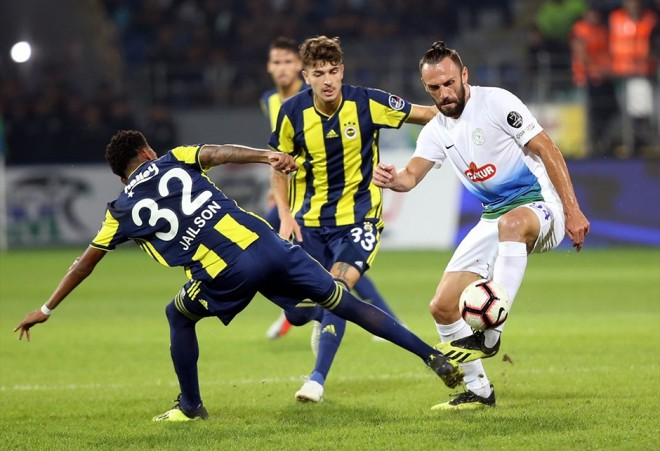 Muriqi i shënon Fenerbahçes