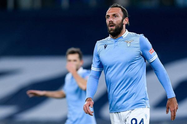15 minuta për Muriqin, Lazio pëson nga Fiorentina