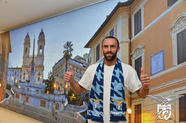 Zyrtare: Vedat Muriqi te Lazio