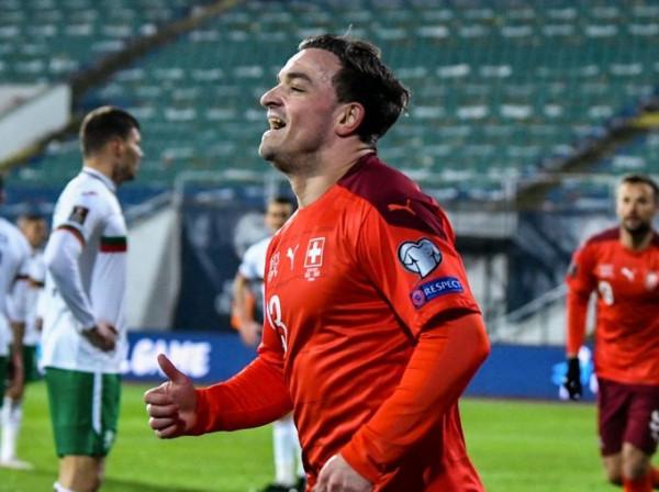 Shaqiri me dy asistime, Zvicra kalon lehtë Bullgarinë