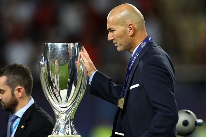 Trofeu i 6 i trajnerit Zidane